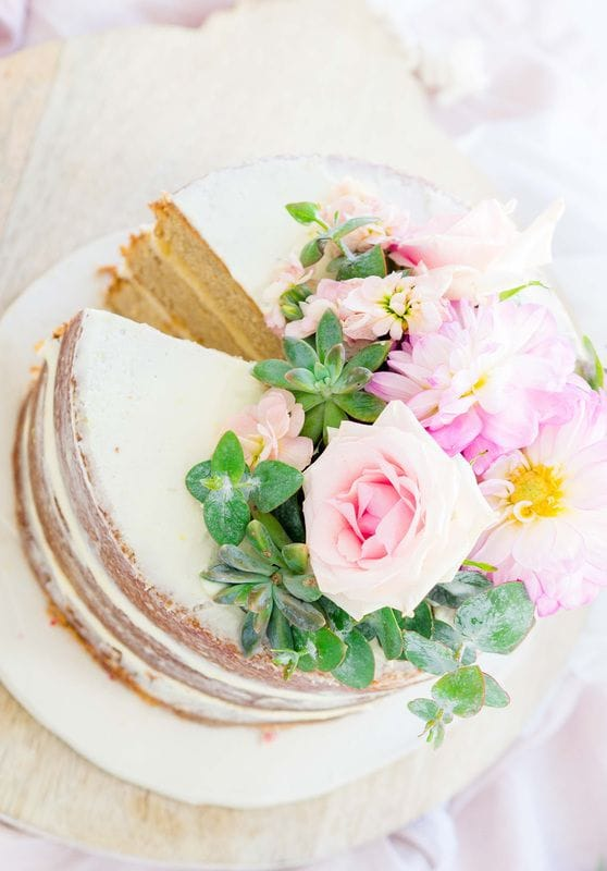 Show stopping Almond and Spelt Cake