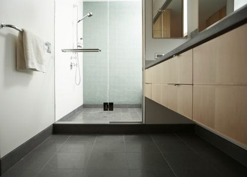 8 Bathroom Renovation Tips & Ideas