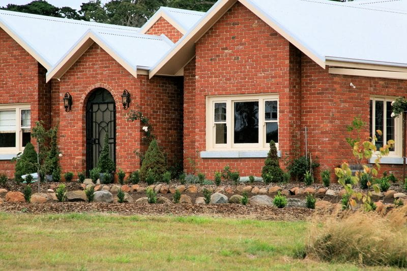 Bricks recycled red face bricks melbourne for Face brick homes