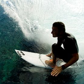 BILLABONG BUYS SURF DIVE 'N' SKI