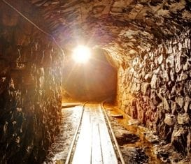 COPPERMOLY LEANS ON ITS BIGGEST SHAREHOLDER