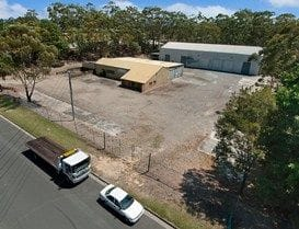 MOLENDINAR PROPERTY SELLS ABOVE RESERVE
