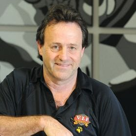 NEW VENTURE FOR VIP PETFOODS FOUNDER