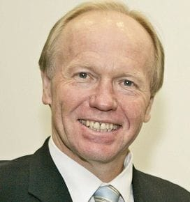 PETER BEATTIE TAKES TOP JOB AT COMMONWEALTH GAMES