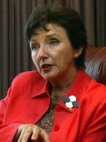 Kathryn Greiner backs school funding changes