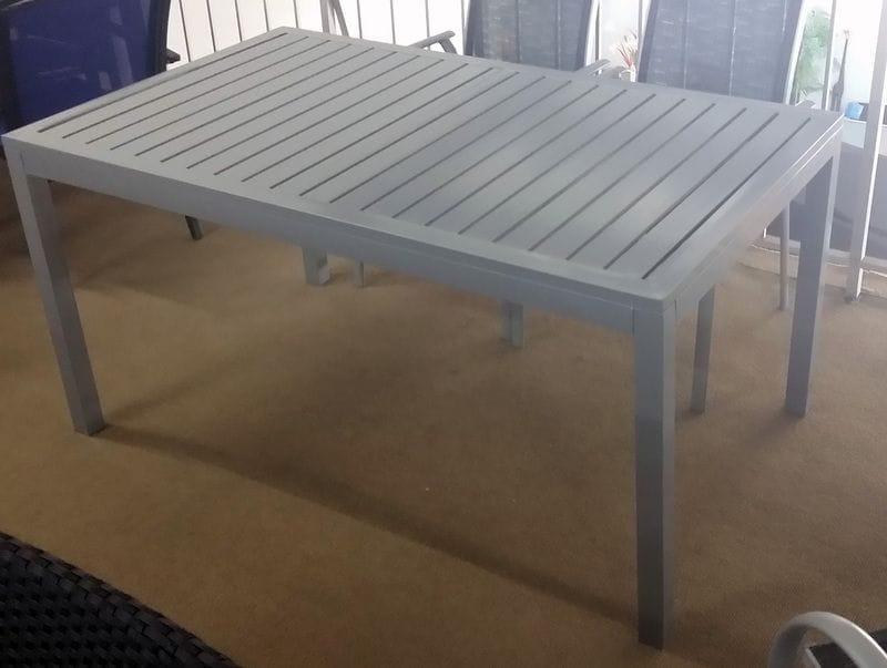 Aluminium Slat Table